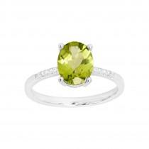 Ladies Peridot Ring / 14 Kt W