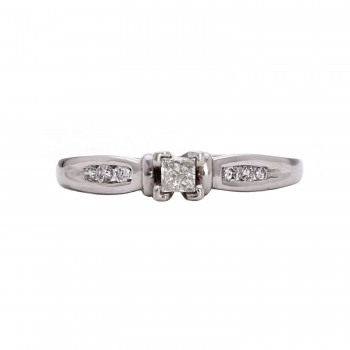 Ladies Platinum .330ct Diamond Ring