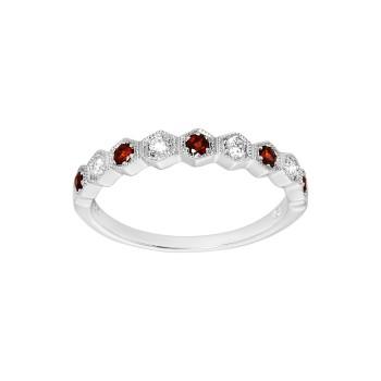 Ladies Garnet Ring / 14 Kt W